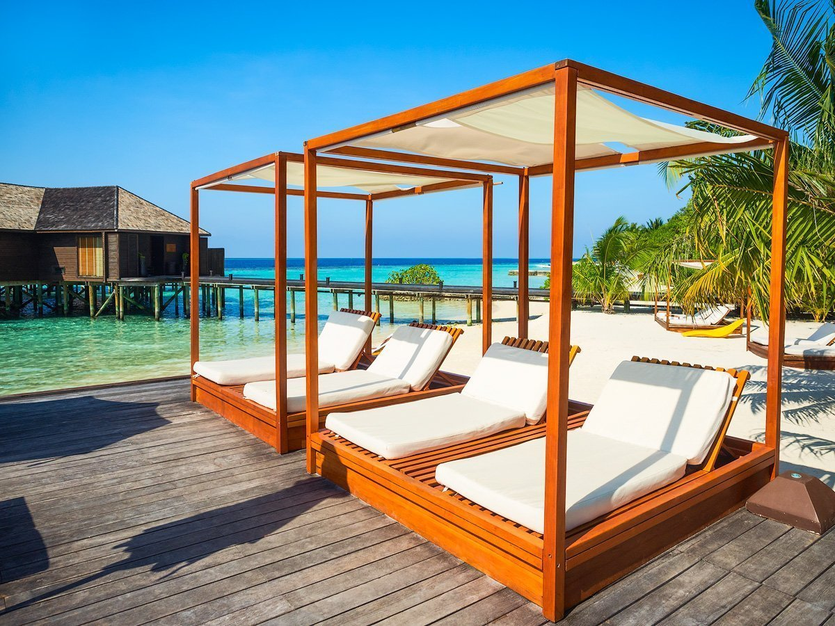 sunbeds at maldives