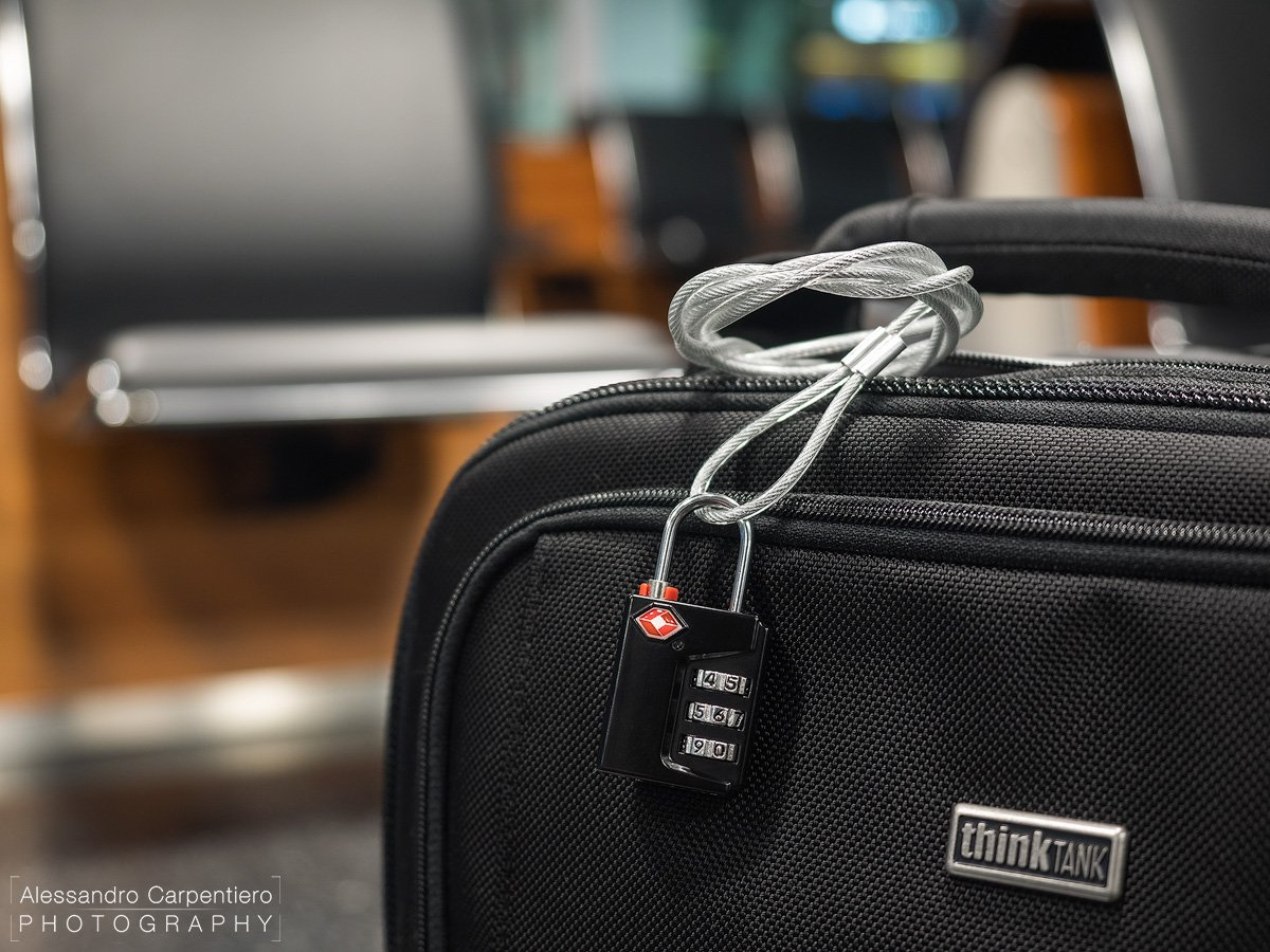 think-tank-airport-international-security-cable