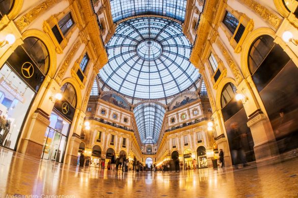 Galleria Vittorio Emanuele is a gallery located in the center of Milano (Italy), very close to the milano cathedral also known as Duomo. The architecture is powerful and bright.