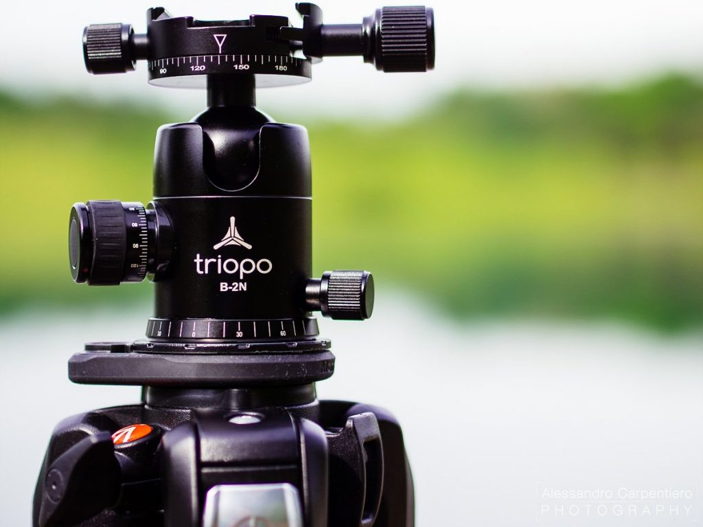 Triopo B-2N is ball head for tripods. very useful and with many regolations