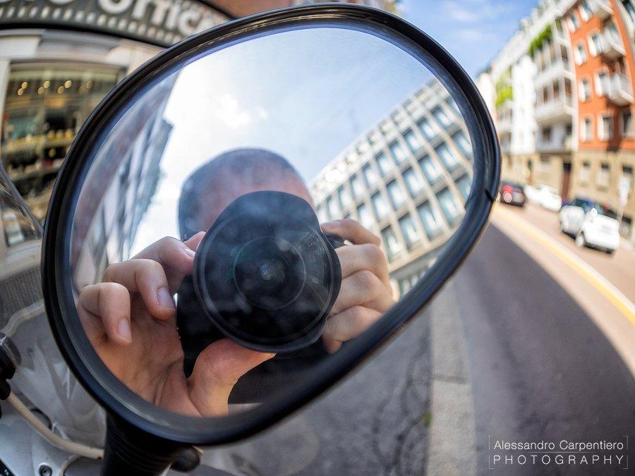 Selfie @8mm, f/1.8, 1/1600s, ISO 200